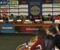 """Учители и учени подкрепят кампанията """"Бъди грамотен"""""""