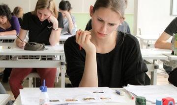 Държавните зрелостни изпити през август ще се оценяват електронно