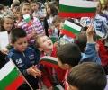 В Сопот кметът поздрави децата точно в 10:00 часа