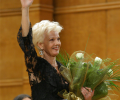 Райна Кабаиванска с оперен Оскар
