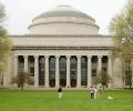 Технологичният институт в Масачузетс – № 1 сред университетите