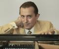 Людмил Ангелов прави клавирен майсторски клас в НБУ