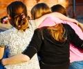 Варненско училище чества рождения си ден с масова прегръдка