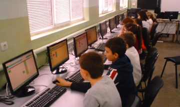 "Учениците от ОУ ""Екзарх Антим І"" се представиха отлично на турнир по информационни технологии"