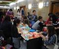 Деца майсториха играчки за елхата в Коледната работилница в Търново (Галерия)