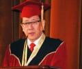 """БАН връчи """"Доктор Хонорис Кауза"""" на посланика на Република Корея Н.Пр. Чън Би-хо"""
