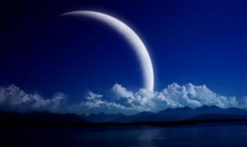 Учени регистрираха небивал сблъсък на метеорит в Луната