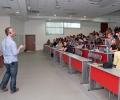 При огромен интерес мина първият семинар на Google във ВСУ