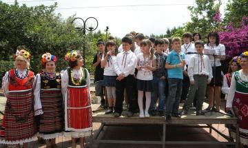 Наши училища в Гърция съхраняват българщината