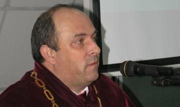 Лъчезар Димитров: Всички студенти ще получат стипендии
