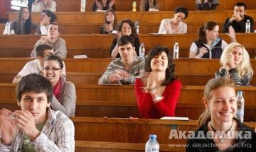 Министър Вълчев: Университетите не изпълняват планирания прием