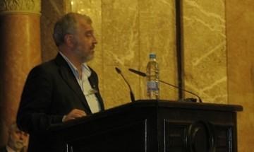 Проф. Илчев: Спрете кресливата кампания срещу Софийския университет