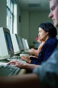 България е активна в социалните мрежи, но не и в онлайн банкирането
