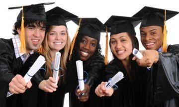 Университети в Англия приемат студенти без диплома