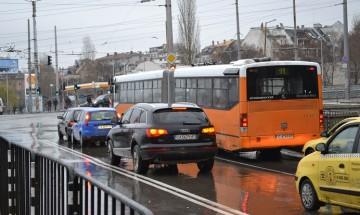 Протест в Пловдив заради блъснатата от кола ученичка