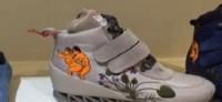 БНТ: В магазините се продават детски обувки с еротични рисунки