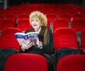 """60 творци промотират четенето с изложба, посветена на 25-годишнината на """"Колибри"""""""
