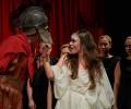 """Премиера на """"Троянки"""" от Еврипид в театъра на НБУ"""