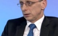 Има опасност проекти в МОН да се раздават на политически принцип