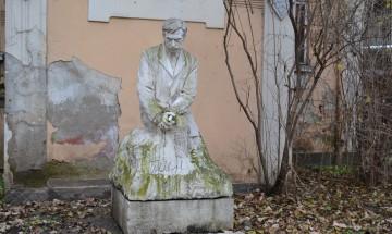 Държавата може би ще си върне дома на Яворов