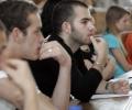 СУ мъчи кандадат-студенти с изпит по химия и журналистика