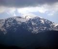 50 души и хеликоптер с термокамера търсят младежите под връх Ботев
