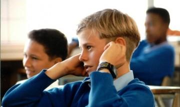 Над 61 000 седмокласници се явяват на изпит по БЕЛ днес