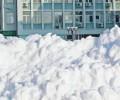 Още училища затварят заради снега