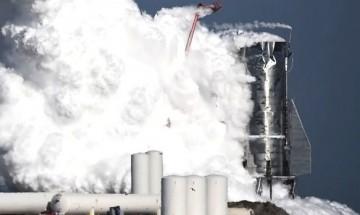 Прототип на кораба за Марс на SpaceX се взриви при тестове